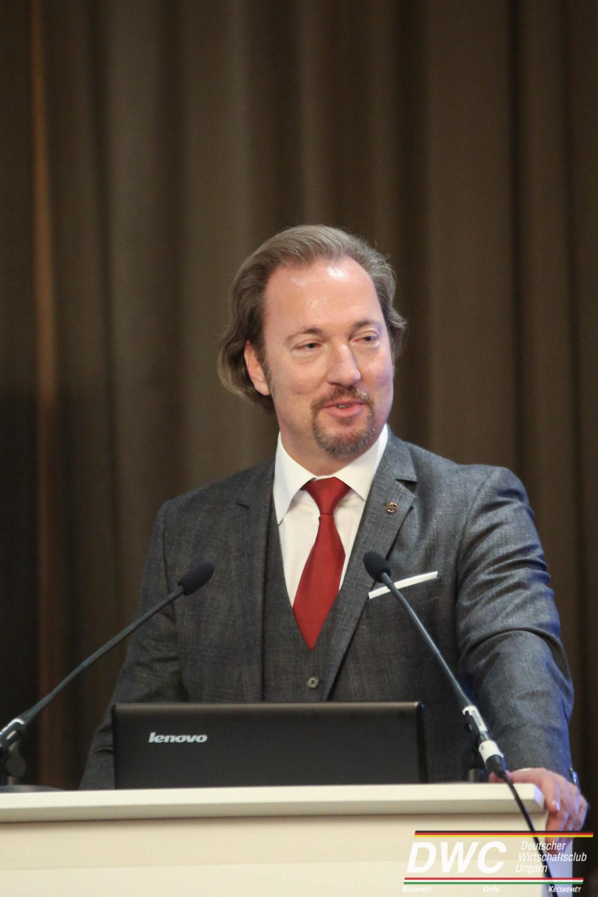 Vortrag von Georg Spöttle